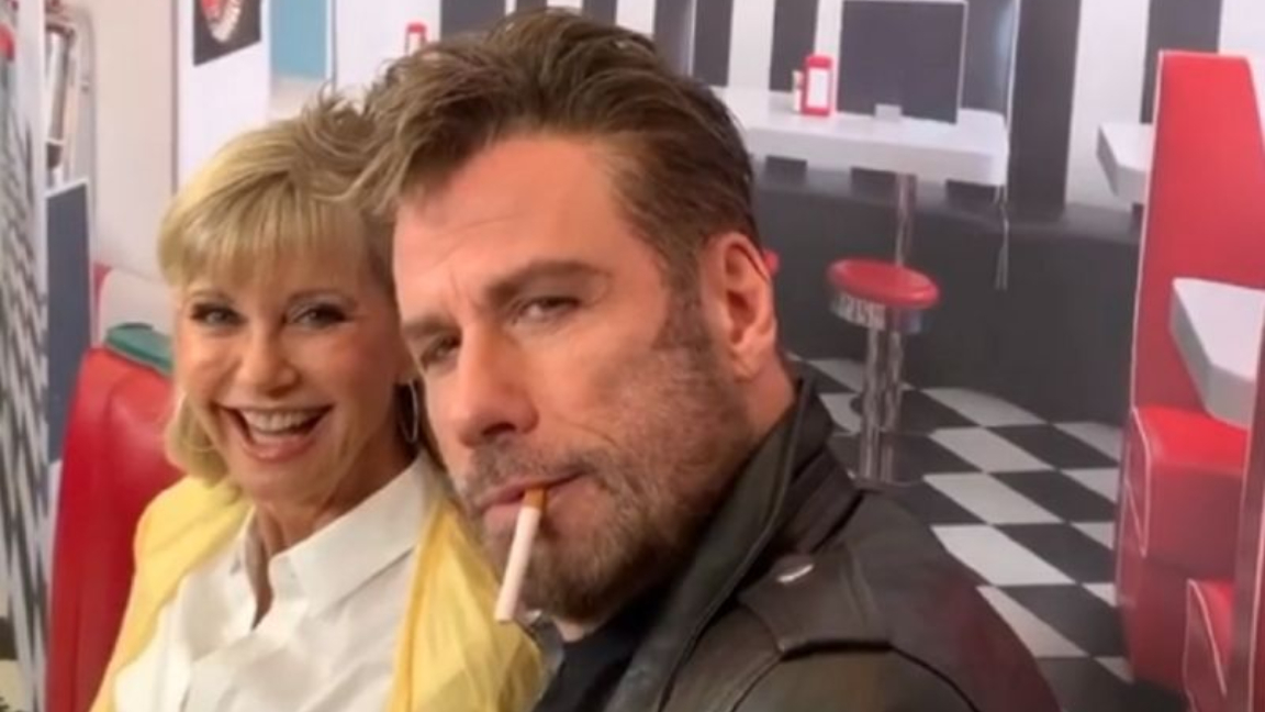 John Travolta y Olivia Newton-John recrearon sus personajes de Grease
